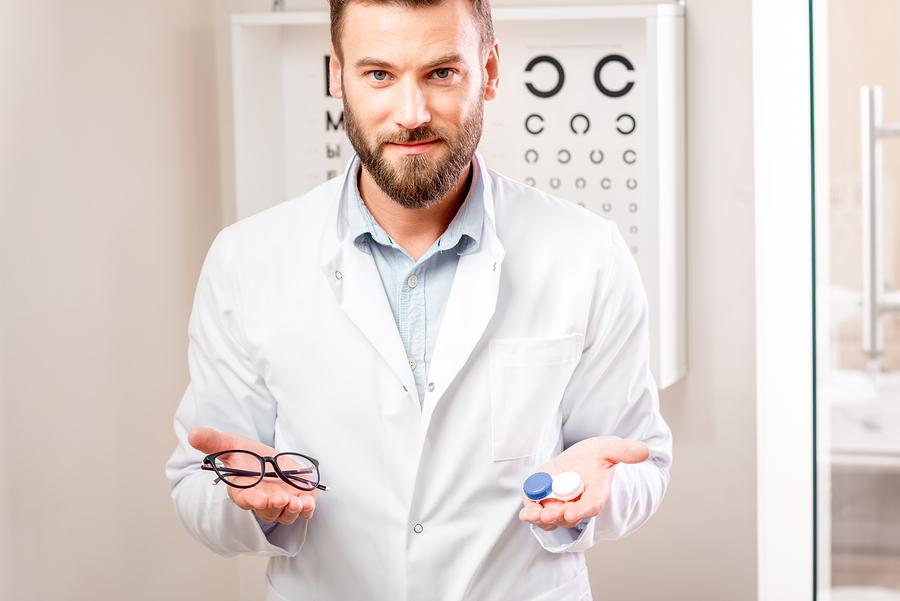 kontaktne leče ali očala
